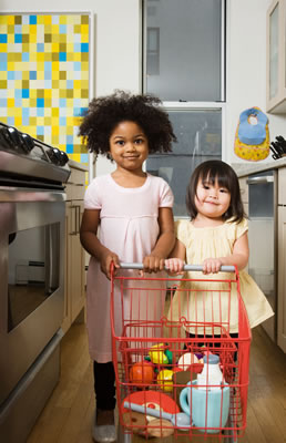 toy-grocery-girls.jpg