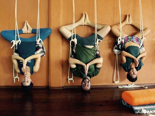 yoga alliance certified 200 hours teacher training on the beach