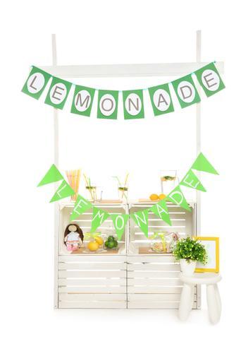 Child's Lemonade Stand
