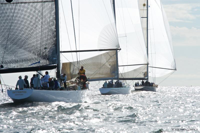Moderns Racing Downwind