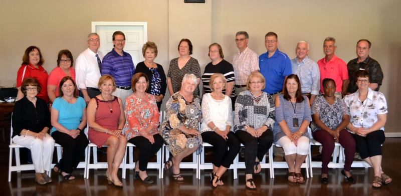 Group photo of Hopkins County retirees