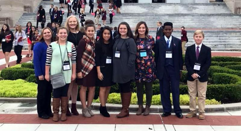 Browning Springs students and advisers at the state capitol