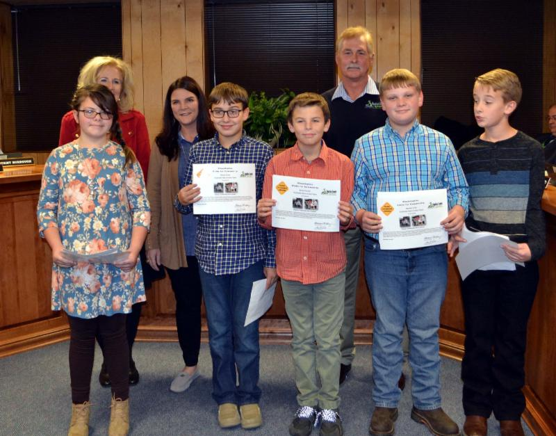 Southside students receive certificates from board and superintendent