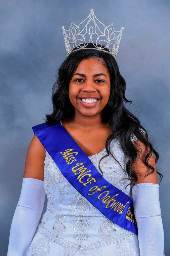 insideOakwood: - Miss UNCF Crowned, New IMPR Director, Code
