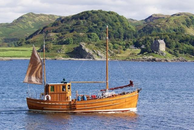 Photo of MV Sgarbh by Duntrune Castle