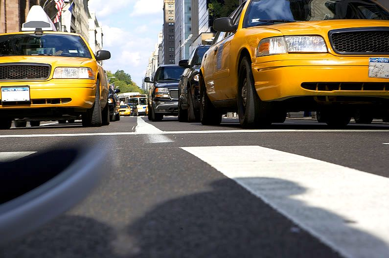 taxis_road_view.jpg