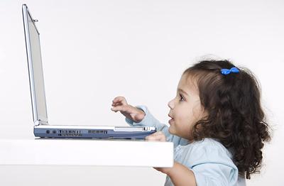 little-girl-laptop.jpg