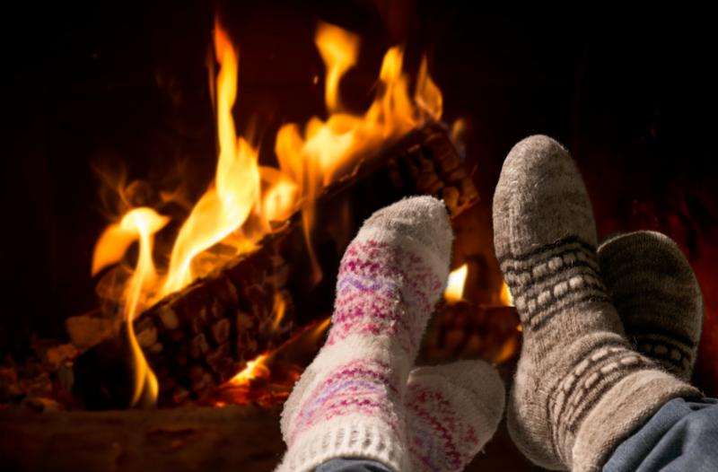 fireplace_feet_warm.jpg