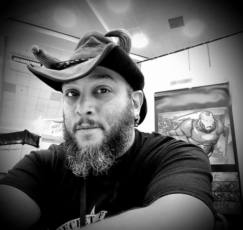 Gus Vazquez headshot