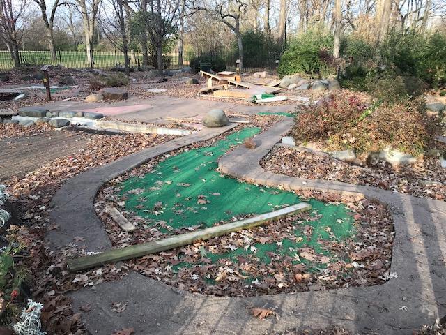 putt'er there mini golf closed