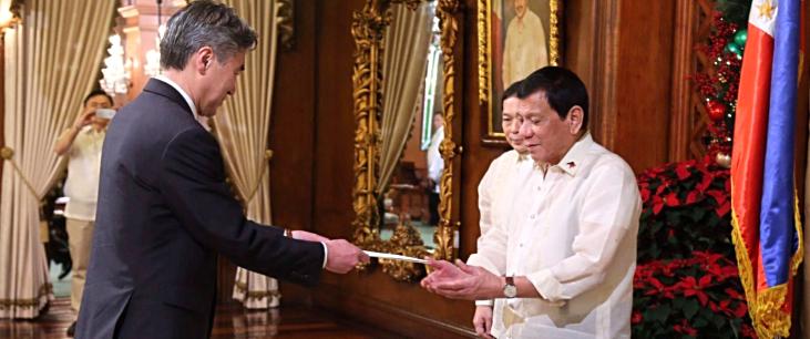Amb Kim presents credentials to Pres Duterte