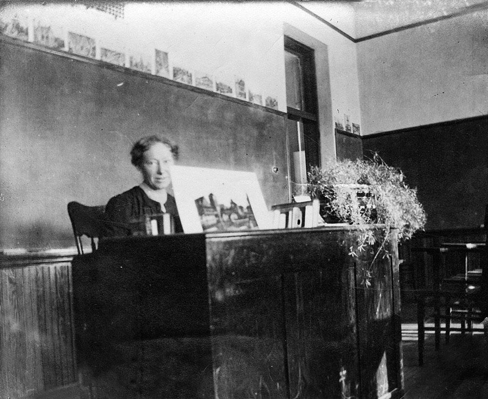 Louise Berg teacher