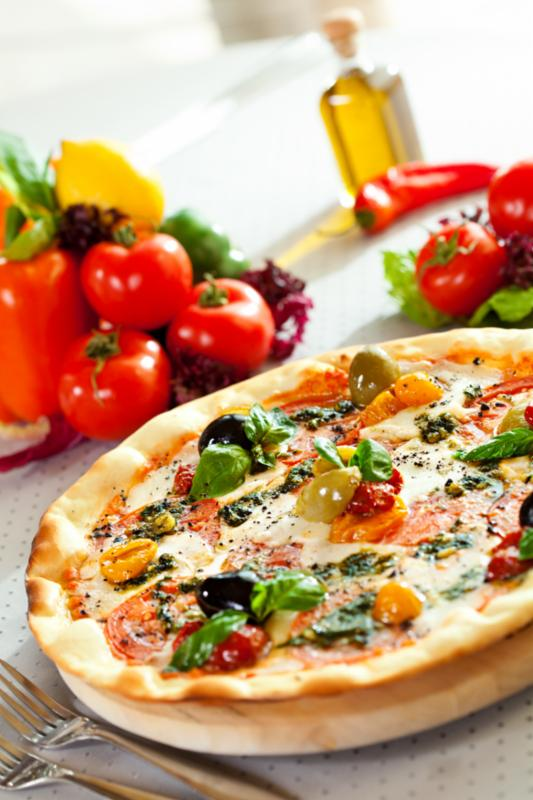 mozzarella_cheese_pizza.jpg