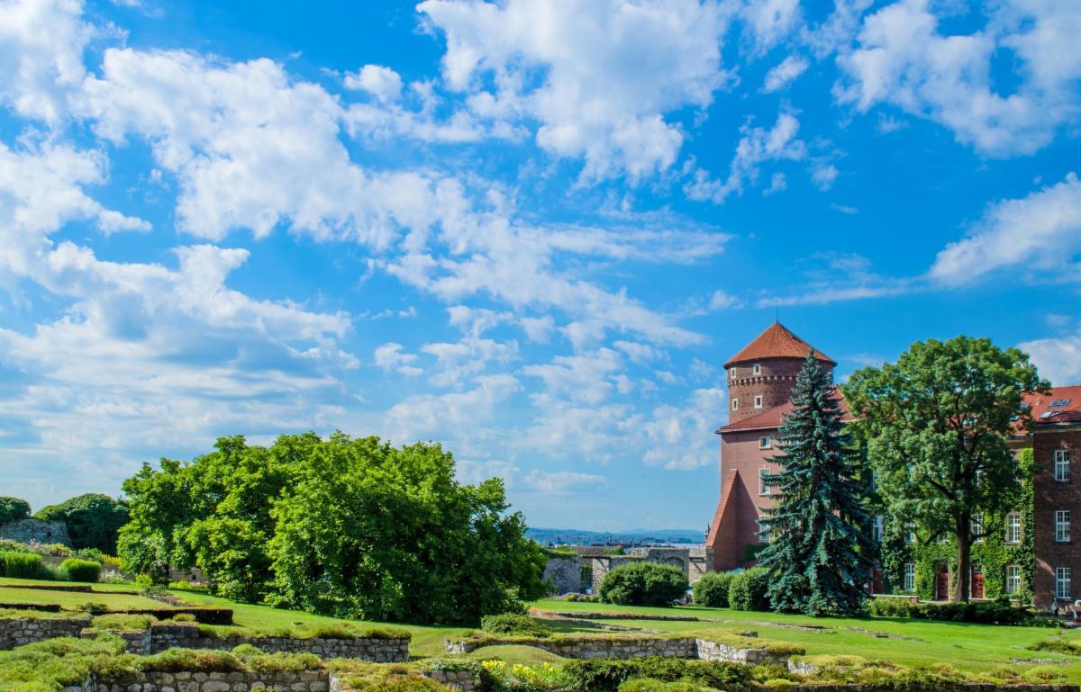 Image of Krakow by Roman Polyanyk from Pixabay
