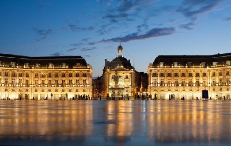 Place de la Bourse a Bordeaux