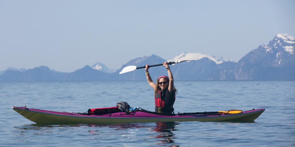 woman kayaking at glacier bay national park