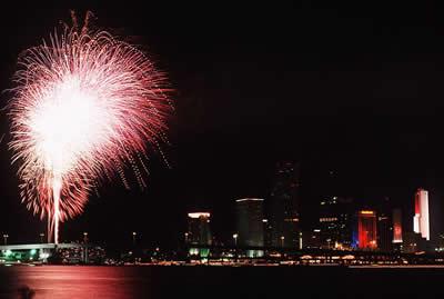 fireworks-cityscape.jpg