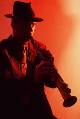 jazz-clarinet-man.jpg