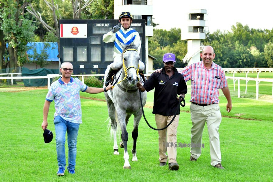 True Words wins at the Vaal
