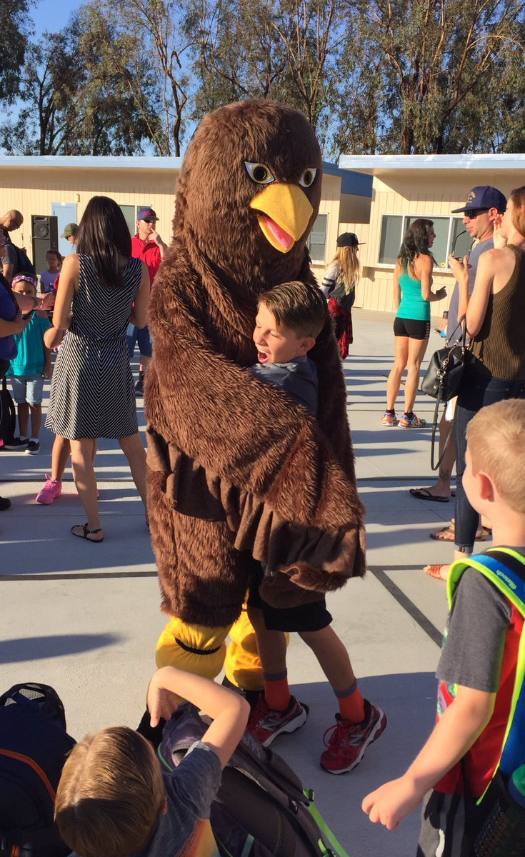 Cielo Vista Mascot greets students on first day of school