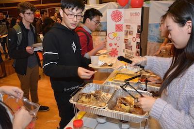 Students at Taste of OSU