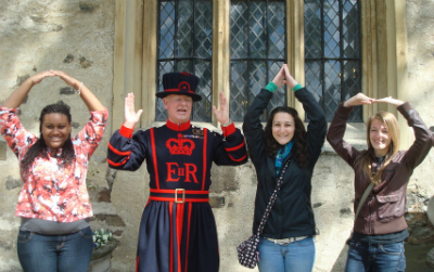 Students with Yeoman Warder