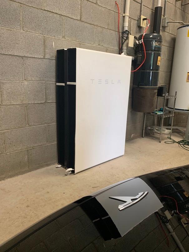Tesla Powerwall system for home in Nashville