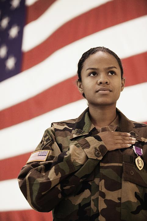 woman_soldier_flag.jpg