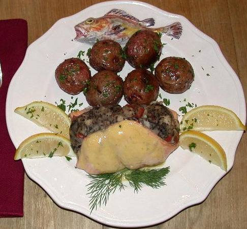 stuffed salmon fillet
