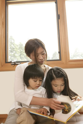 mother-daughters-story.jpg