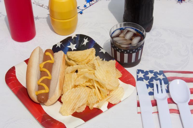 hotdog_picnic.jpg