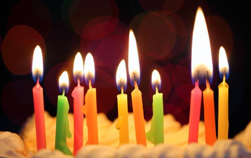ten_colorful_candles_cake.jpg