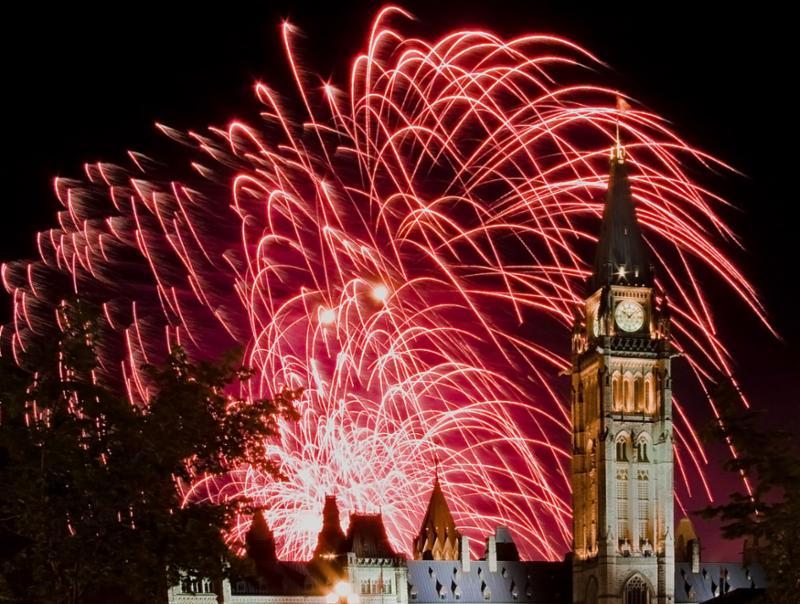 fireworks_burst_sky.jpg