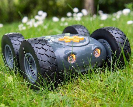 Tuff-Bot programable robot tuff enough for outdoors