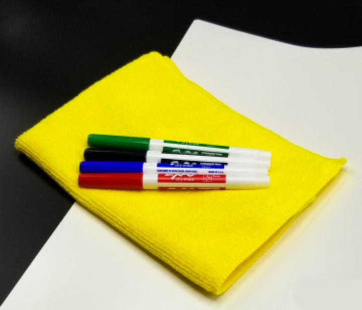 Dry Erase Mat with Markers