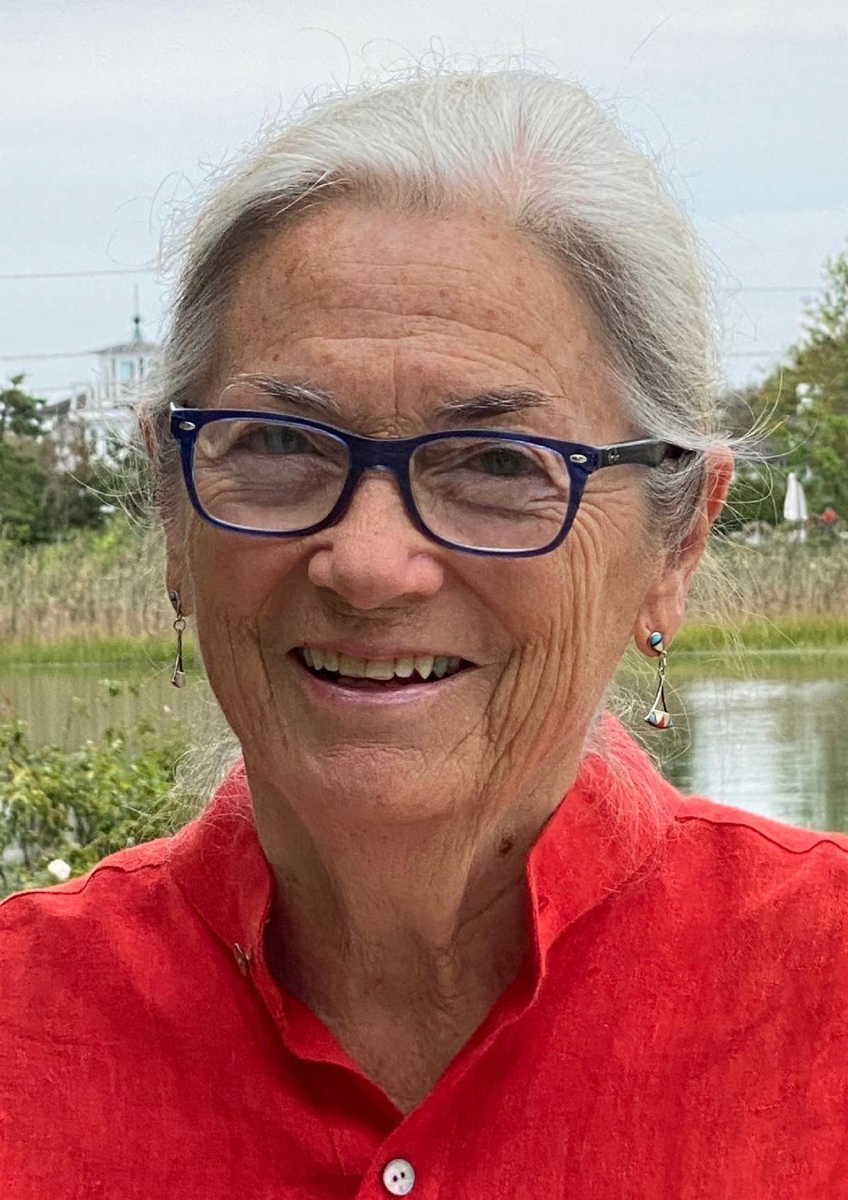 Dolores Hayden headshot
