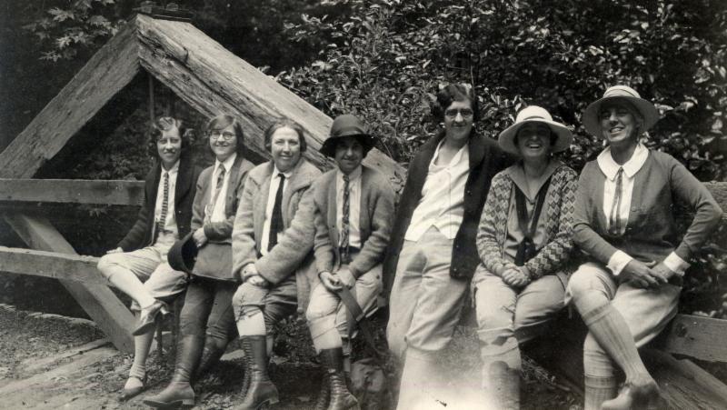 Pathfinders Club women's hiking