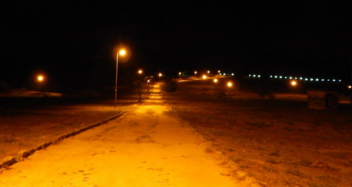 Street lighting at Quinta Graca in the dark