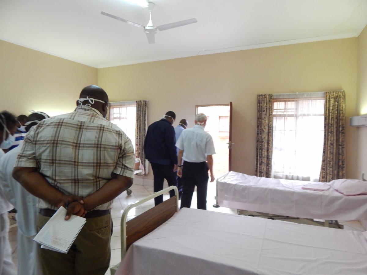 Delegation walks through women's ward