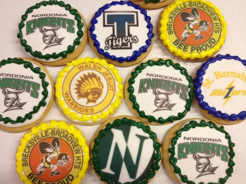 high school logo cookies