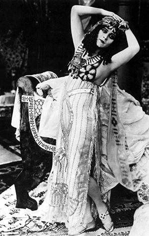 Theda Bara as Cleopatra _1917_