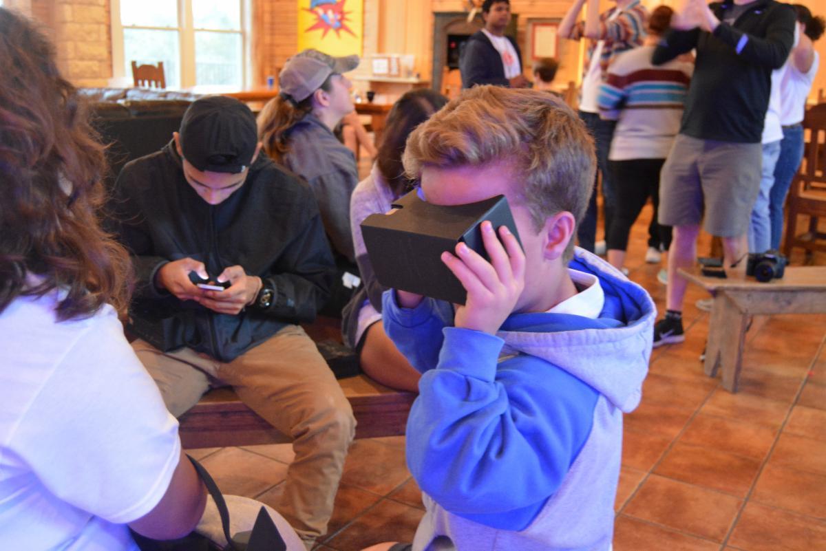 student experiences virtual reality