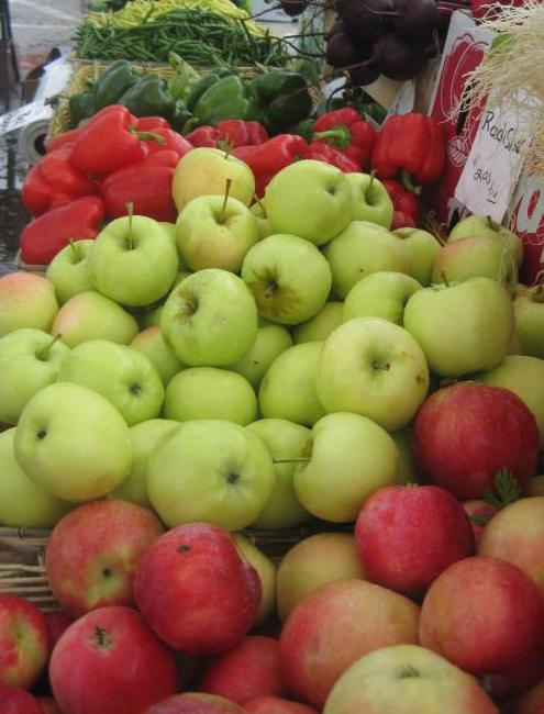apples & peppers