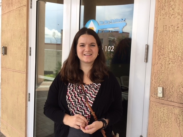 Kelly at Key Clubhouse for voter registration week