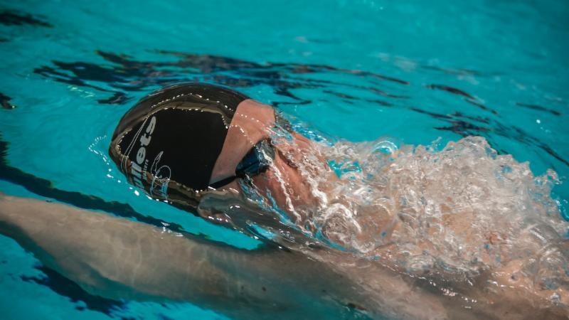 Backstroke, swimmer, swimming, pool