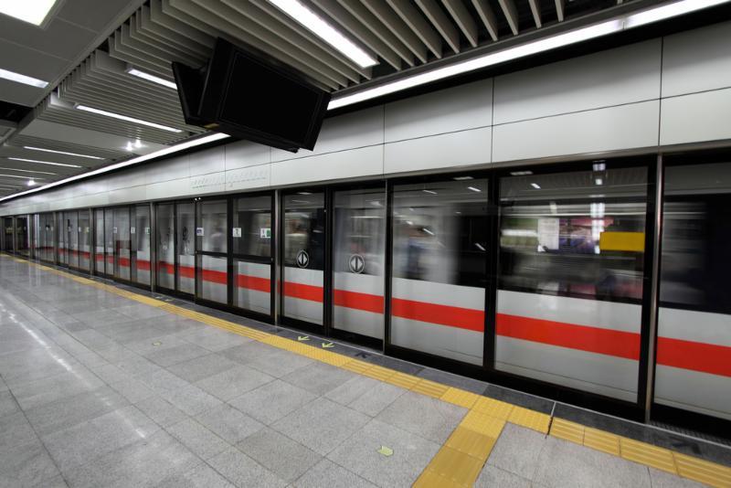 moving_subway.jpg