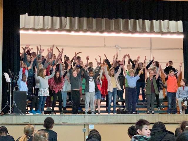 Gatewood Elementary students at school choir festival
