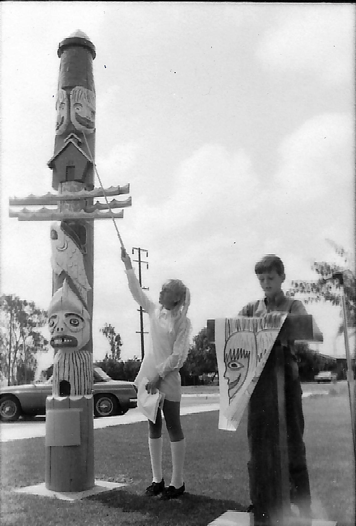 TheFVSDWay Totem Pole