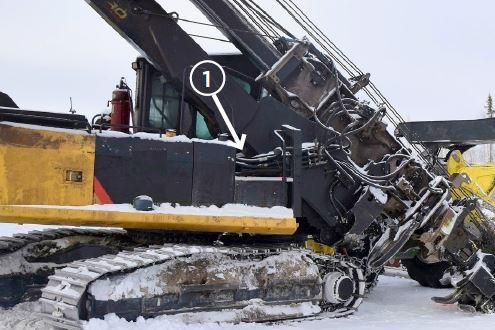 Heavy equipment with hydraulics boom