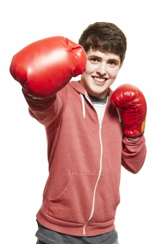 teenage_boy_boxing.jpg